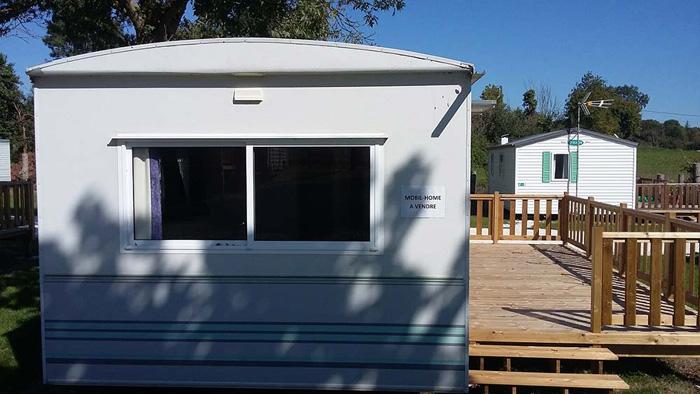 mobil home vendre dans un camping la rochelle camping l 39 le verte. Black Bedroom Furniture Sets. Home Design Ideas