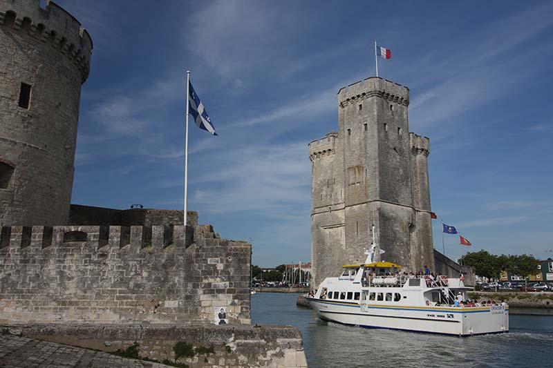 Tours du port de la Rochelle, proche du PRL l'Ile Verte